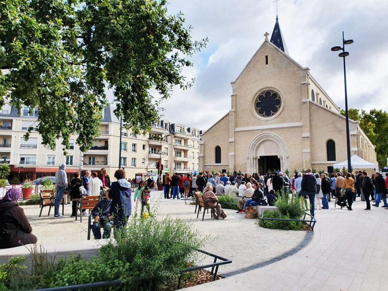 755 - BONDY PLACE DE LA DIVISION LECLERC_VIGNETTE